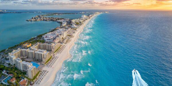 Cancun paradisul secolului