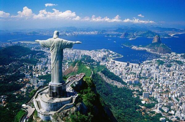 Rio de Janeiro de la biserica la carnaval